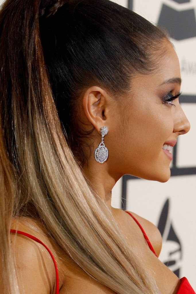Ariana Grande's beautiful dangle earrings at the 2016 #Grammys