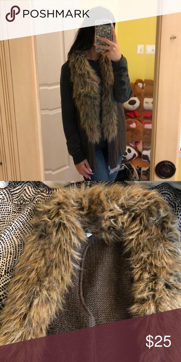 NEW LISTING Fur lined vest EUC cotton vest with a fur lining around the front. BB Dakota Jackets & Coats Vests