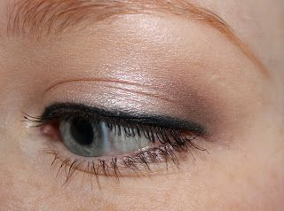 The Via Media of Beauty: EOTD MAC Shroom and Satin Taupe