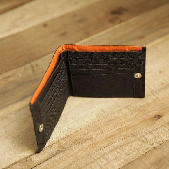 inside wallet 402 black. #wallet #canvaswallet #black #unisexwallet #menwallet