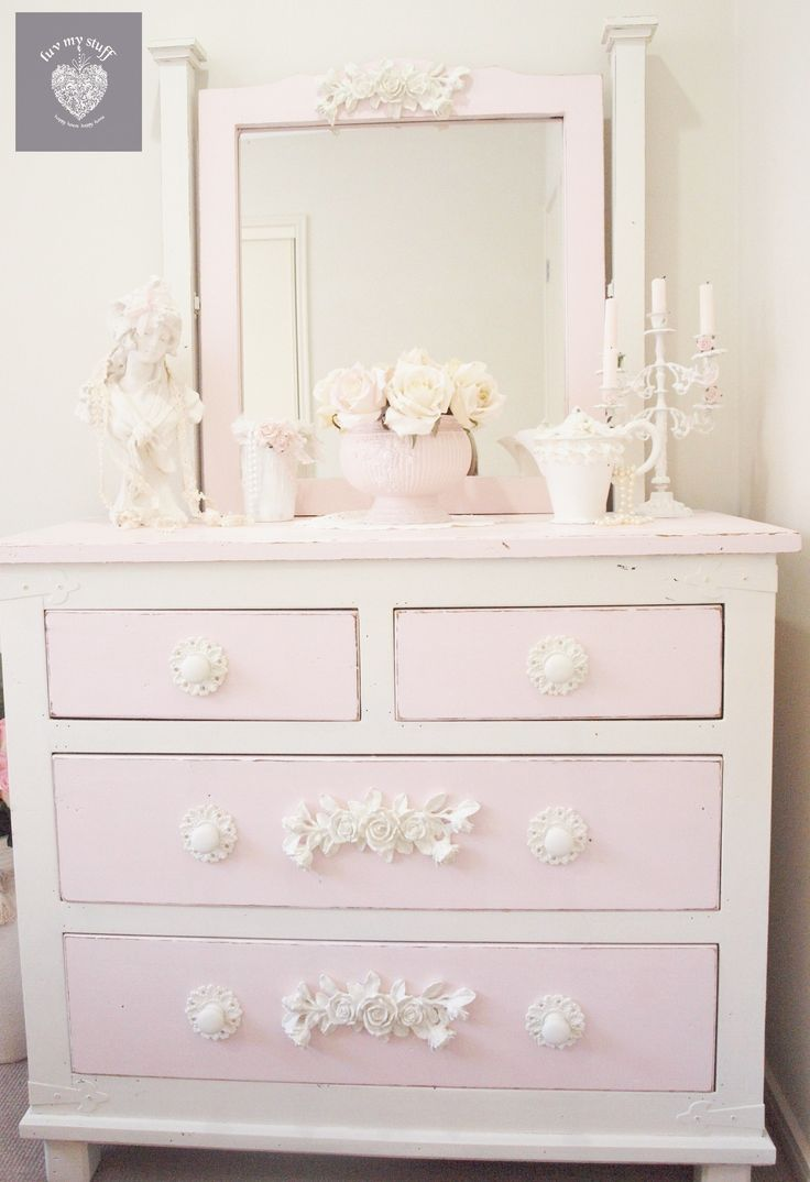 romantic shabby chic pink and cream dresser www.facebook.com/luvmystuffhappyhome www.luvmystuff.com.au furniture appliques and sugar paint