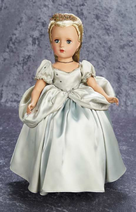View Catalog Item - Theriault's Antique Doll Auctions- Madame Alexander