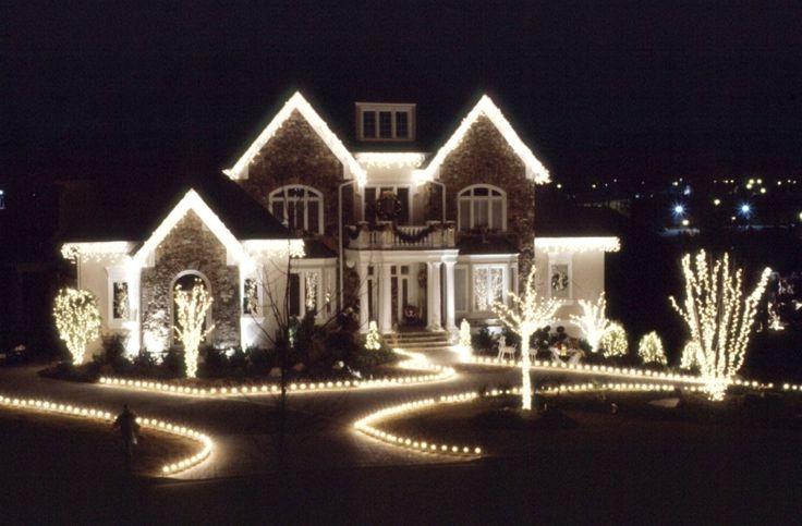 beautiful christmas houses  | ... for Christmas Exterior Design - Beautiful House with Christmas Lights