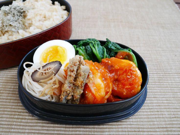 玄米ごはん、タアサイ中華スープ浸し、海老チリ、叩き牛蒡(酸味あり)、椎茸ビーフン、にぬき