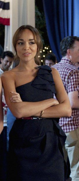 Revenge Fashion: How to Look Like Ashley Davenport