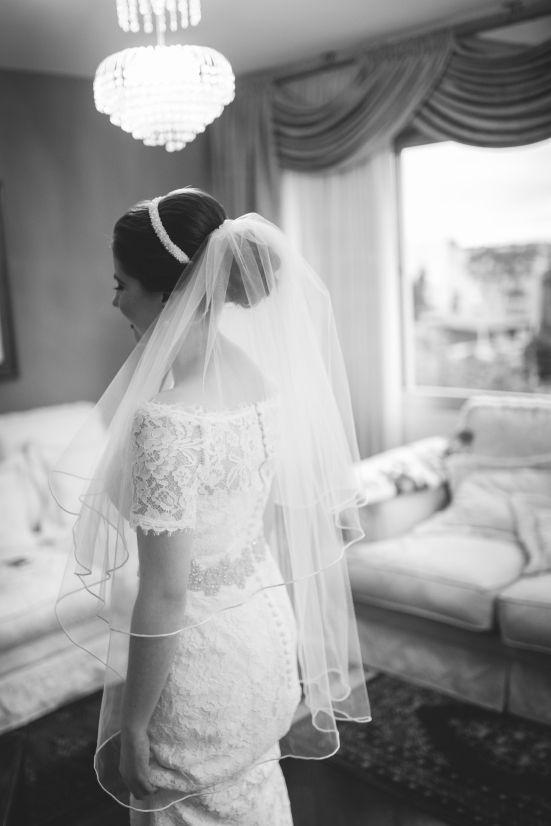 casamento denise & lessandro-véu curto, vestido noiva com manga curta