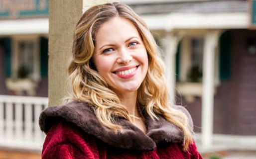 When Calls the Heart - Season 2 - Meet the Cast - Pascale Hutton. OH she is annoying!!!!