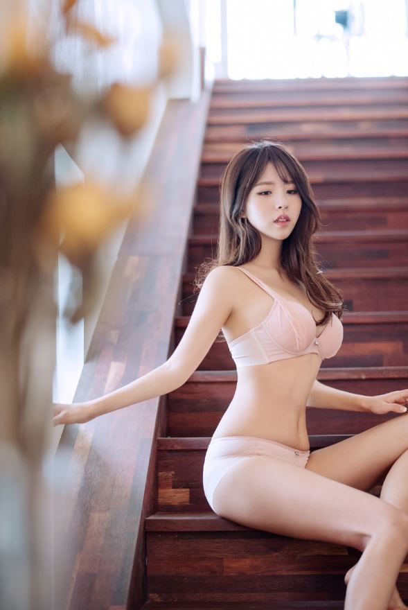mesh skin volume waterpad bra 매쉬 물뽕브라 스킨#underwear#skin#photography#girl#korea#bra#model