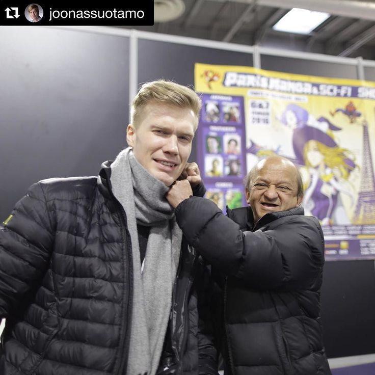 #chewy & #teedo at #parismanga .  listen to @joonassuotamo on the latest #radio1138 on #jedinewsnetwork go follow Joonas on Twitter and Instagram!! #repost @joonassuotamo being Little Kiran Shah's punching bag. #thegoodlife #picoftheday #TheForceAwakens #starwars #paris #chewbacca #kiranshah #teedo by jedinewsuk