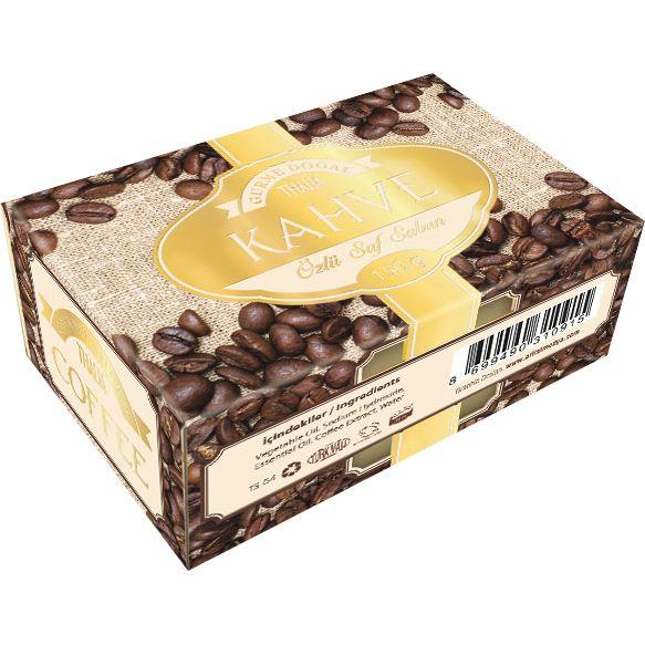 Thalia kahve özlü sabunun içeriği, kahve çekirdeği özleri ile zenginleştirilmiştir. Kahve, içindeki doğal maddeler dolayı antioksidan özellik sergilemekte ve bu sayede de yaşlanma sürecini yavaşlatıcı etki sağlamaktadır. Ayrıca, kahvenin cilt üzerindeki yağları yakıcı etkisi nedeniyle, SELÜLİTlerin giderilmesinde oldukça etkilidir. Ürünü www.thalia.com.tr üzerinden sipariş verebilirsiniz.