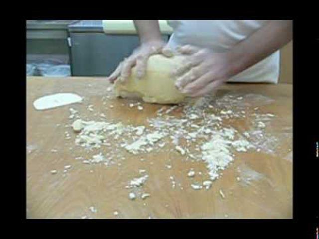 A gyúrt omlós tészta ( linzer és az isler)