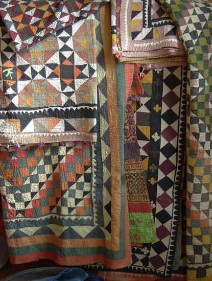 Pakistani ralli quilts