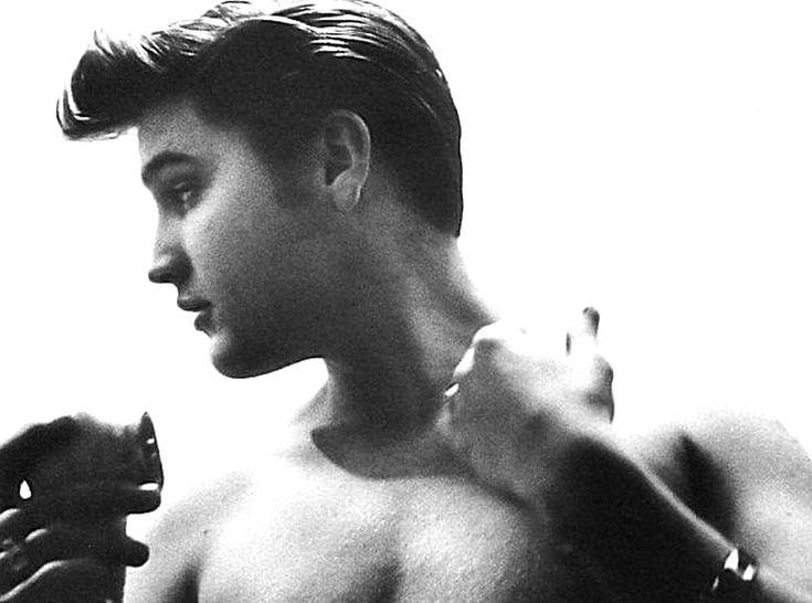 Elvis presley porn
