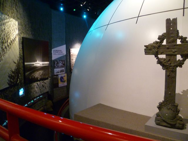 Top Normandy D-Day Landing Beaches and World War II museums and sites: Caen Memorial