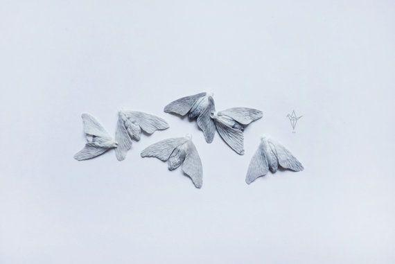 Brooch with a moth. 1 piece. от iDOLLshop на Etsy