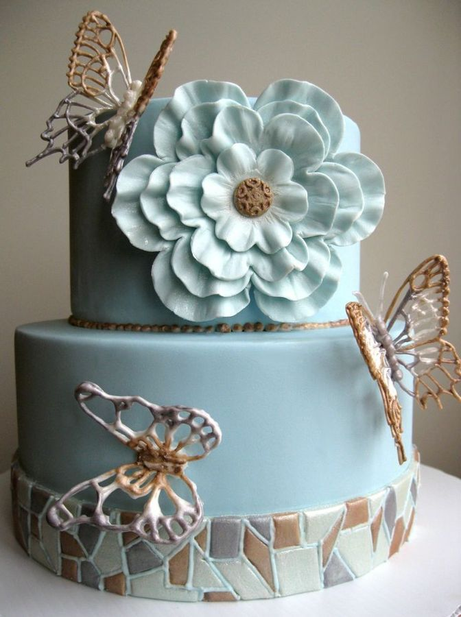 """mosaic et papillons""  Cake"