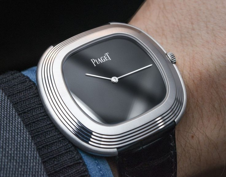 """Piaget Black Tie """"Vintage Inspiration"""" Watch Hands-On - on aBlogtoWatch.com """"If one could distill a tuxedo into wristwatch form, no doubt it would resemble the Piaget Black Tie 'Vintage Inspiration,' one of the brand's most anticipated offerings at SIHH 2015 - and it didn't disappoint when the ABTW team got their hands on it. True to its name, the Piaget Black Tie, like many of the most celebrated (and debated) watch releases in recent years, offers a new twist on a vintage model..."""""""