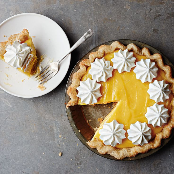 jan-5-grapefruit-curd-pie-with-basil-whipped-cream