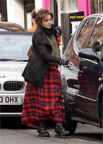 helena bonham carter clothing | thumbs helena bonham carter 05 Helena Bonham Carter