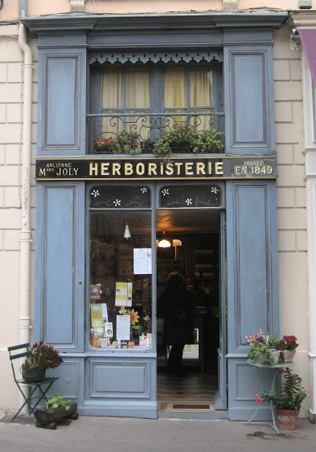 Herboriste de la Place St Jean Lyon France