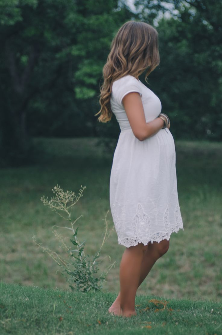 Gorgeous shot in such a sweet and simple dress. The Pillow Thought blog scored this stunning piece at her local T.J.Maxx! - pregnancy - maternity shoot
