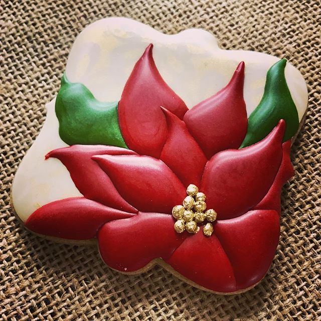 Christmas cookies in the works! It feels like forever since I had a chance to sit and decorate! Is this anyone else's happy place? #cookies #decoratedcookies #christmascookies #poinsettia #cookiesofinstagram