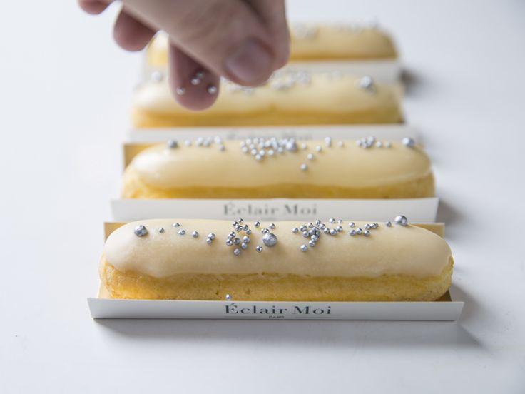 Éclairs para as festas de fim de ano. Já fez sua encomenda? Acesse nosso site ou fale conosco através do telefone: : (11) 2985-2204.<br /><br /><br />__________<br /><br />#eclairmoi #eclair #saopaulo #sp #paris #patisserie #jardins #foodphotography #delish #foods #delicious #tasty #eat #eating #pancakes #hungry #foodpics #sweettooth #foodgasm #cupcakes