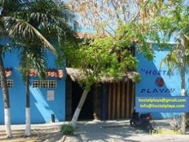 Hostel Playa - 15% Off 	Hostel Playa, is a nice youth hostel in Playa del Carmen, near Cancun and Tulum. a low budget accomodation in the Riviera Maya. Its located in the heart of Playa del Carmen near the beach and the stores of the 5th Avenue, just in front of the main plaza and close to everything (bus station, food market, etc). This gives the Best Value rooms with the best ambience because of the people from all over the world is staying there.