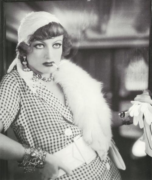 Joan Crawford as Sadie Thompson in Rain (Lewis Milestone, 1932)Rita Hayworth, Film Rain, Beautiful Women, 1930S Fashion, Crawford Practice, 1932, Beautiful People, Joan Crawford, Fashion Stuff