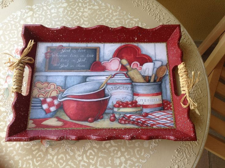 Red tray