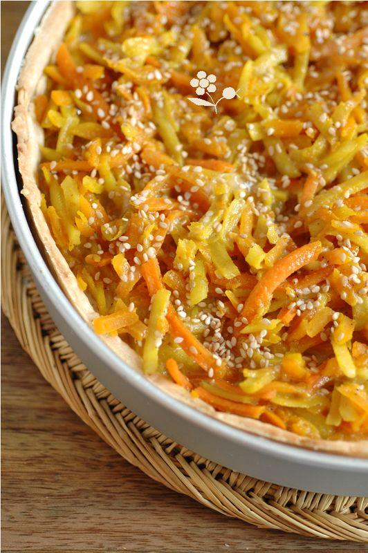 Tarte topinambour, courge, carotte, curcuma, sésame