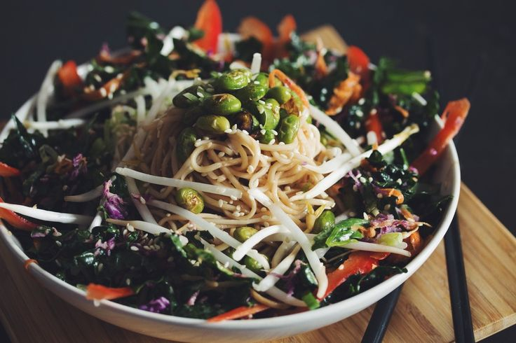 ditch the takeout and try our comforting take on traditional chow mein... but in a salad!