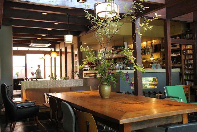 EATspeak: Cafe Bibliotec Hello カフェ ビブリオテク ヘッロー