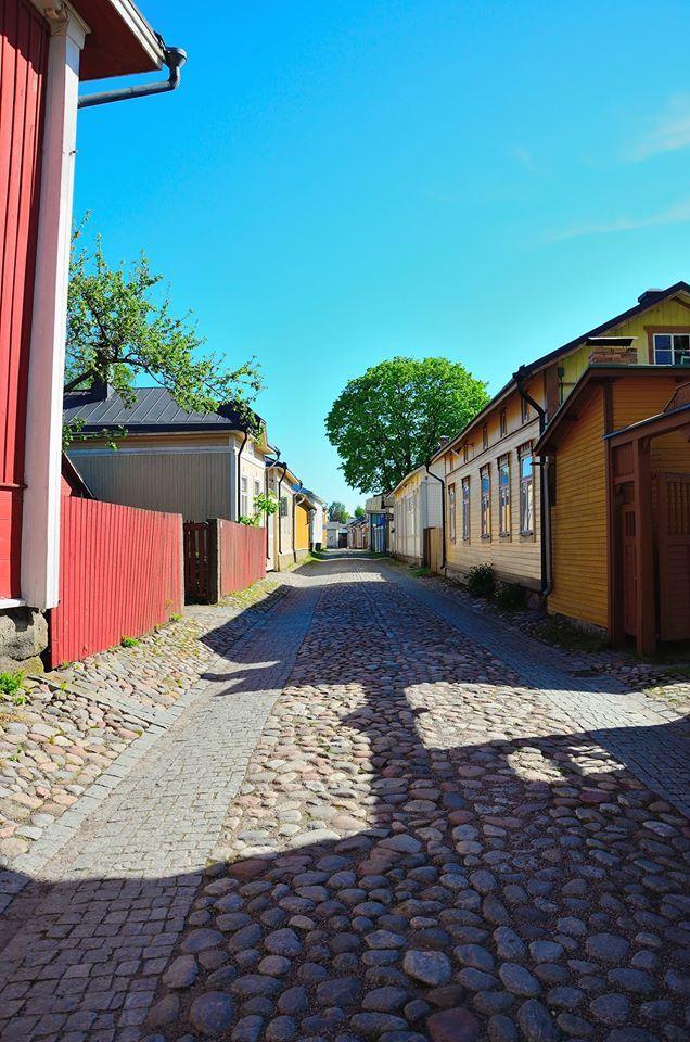 https://www.facebook.com/photo.php?fbid=909147302451151  Old Rauma picture, Finland
