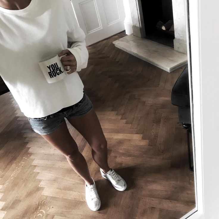 "80 Likes, 7 Comments - Susannah - Stylist (@susannahhemmingsstylist) on Instagram: ""#yourock ...my mantra for today! 👊🏽👊🏽 #zara #metalic #trainers #denim #ootd #comfy #basics #coffee…"""