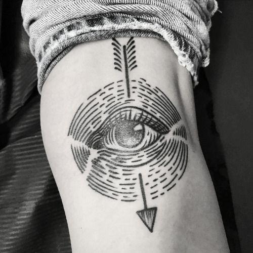 Best 25+ Knee Tattoo Ideas On Pinterest