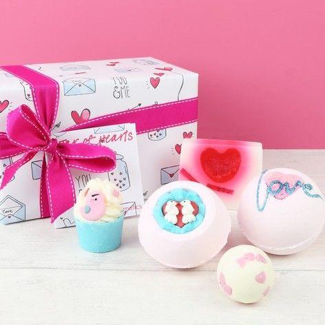 Bomb Cosmetics 'Jar of Hearts' Bath Gift Set