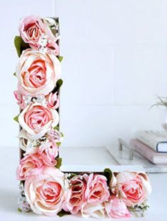 Beautiful letter with flowers! Buy wooden cutout and glue fake flowers on. https://www.google.ca/amp/www.countryliving.com/diy-crafts/how-to/gmp771/mothers-day-crafts-0509/?client=safari