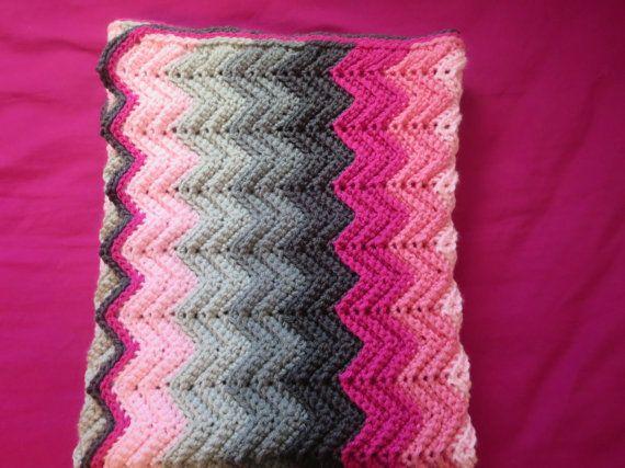 crochet, blanket, ombre, chevron, patterned, textured, ridges, pink, grey, custom, nursery decor, baby boy, baby girl, shower gift, newborn