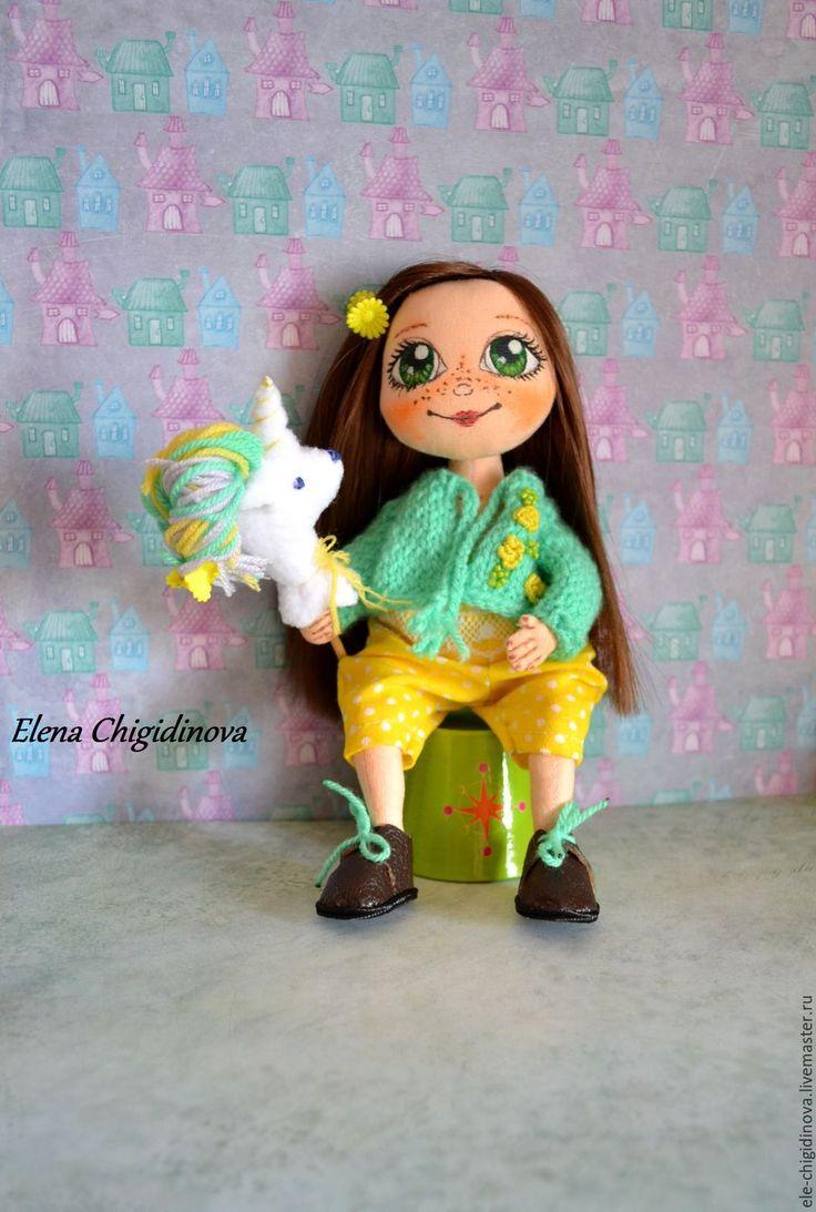 Купить Текстильная интерьерная кукла - желтый, кукла, кукла в подарок, куклы и игрушки, кукла интерьерная