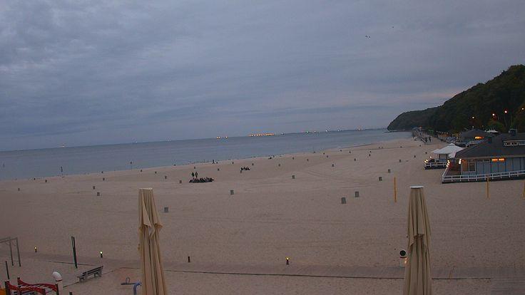 Gdynia, 18.38 http://xc.pl/gdynialive - kamera HD na żywo z gdyńskiej plaży