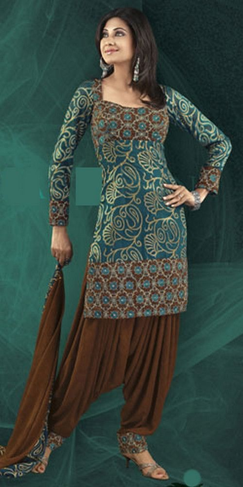 Among women traditional salwar kameez styles patiala salwar kameez is one of the most popular and favorite style of women salwar kameez.Patiala salwar kameez suits is basically punjabi salwar kameez style http://fashion1in1.com/asian-clothing/patiala-salwar-kameez-designs/