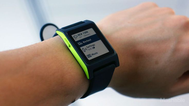 Pebble review: Built-in heart rate monitor beefs up its fitness tracking