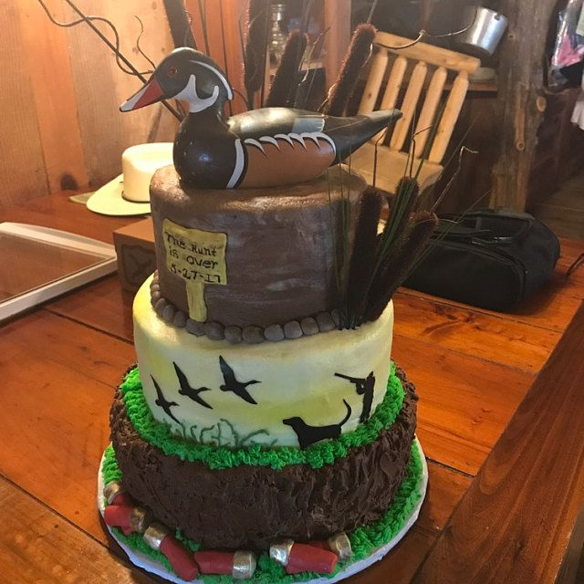 Best 25 Duck hunting cakes ideas on Pinterest  Hunting grooms cake Duck hunting wedding and