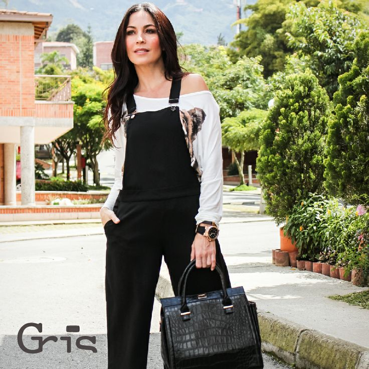 Mujer Gris