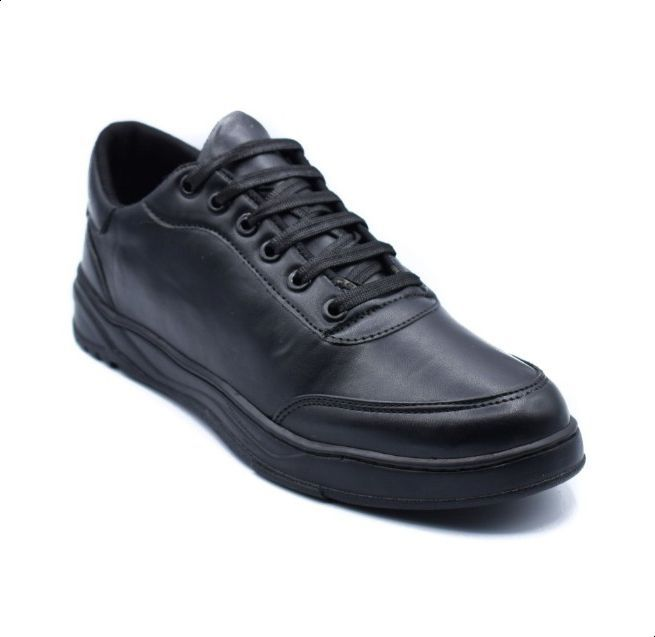 حذاء رياضي من شوز كلوب للرجال اسود All Black Sneakers Sneakers All Black