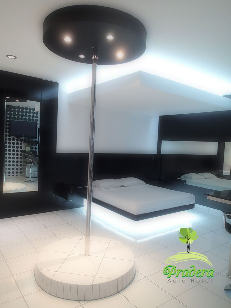 Black and White Suite con Sauna y Jacuzzi.