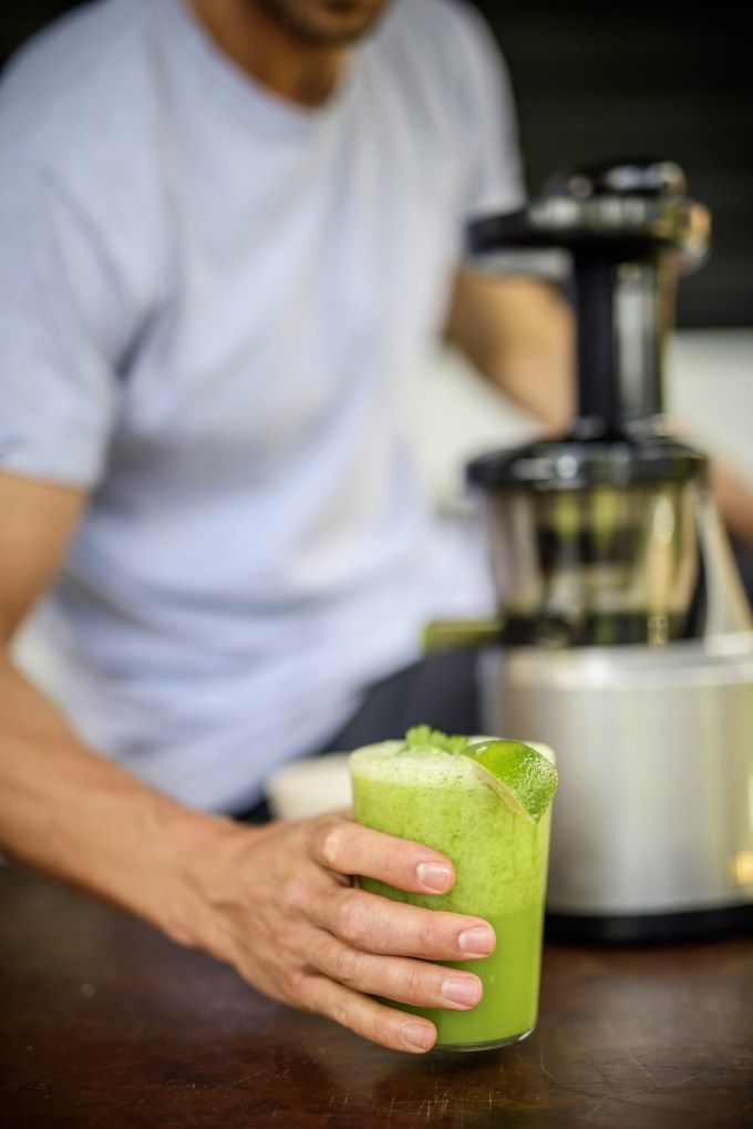 Guest Feature: Andrew Cooper on Healthy Living + Smoothie Recipe