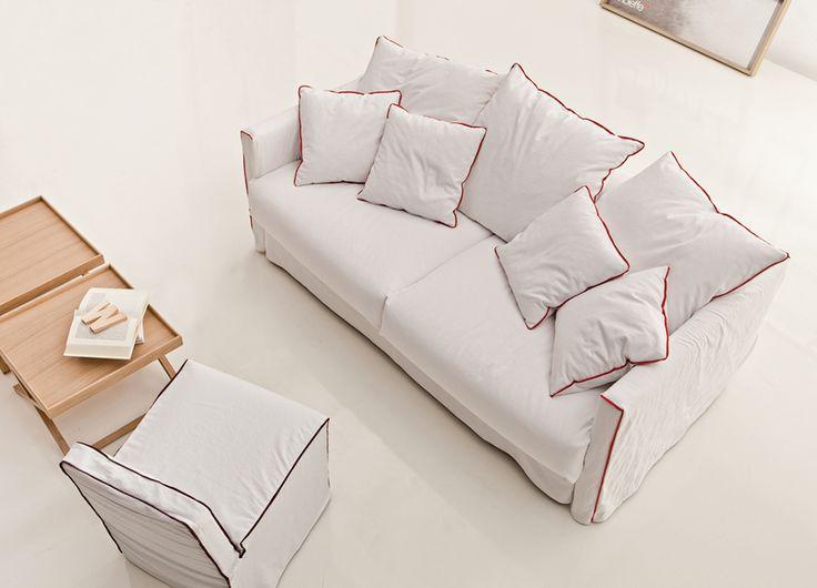 Rodzinny odpoczynek  #white #sofa #vibieffe #internoitaliano #modern #style