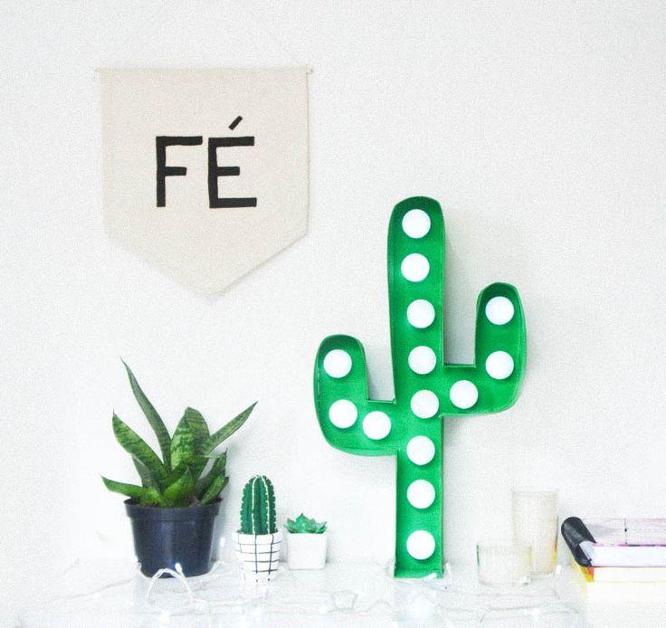 Um blog sobre moda, customização, decoração, muitos DIY e dicas uteis.